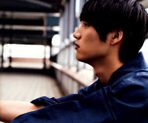 handsome, asian boys, and asian drama image