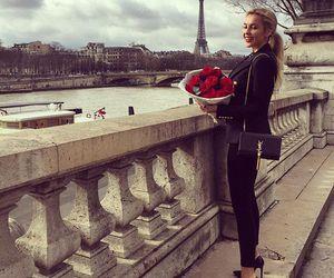 paris and rose image