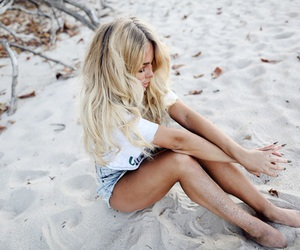 fashion, beach, and blonde image