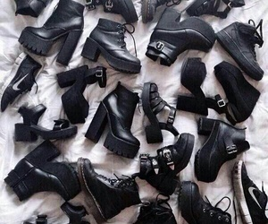black beauties love shoes image