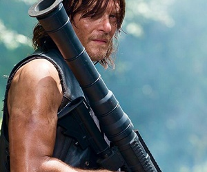 twd and darly dixon image