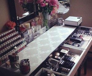 makeup, girly, and home image