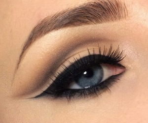 eye, makeup, and eyeliner image