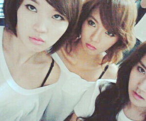 funny, 4minute, and hyuna image
