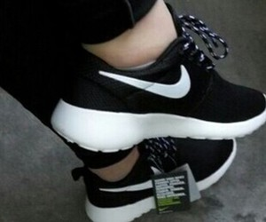 nike, shoes, and roshe image