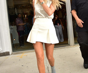 kylie, outfit, and jenner image