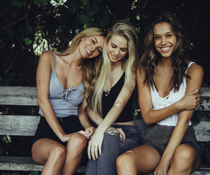 friends, alexis ren, and best friends image