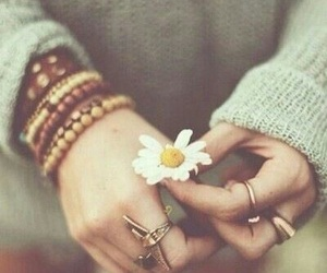 flower, vintage, and rings image