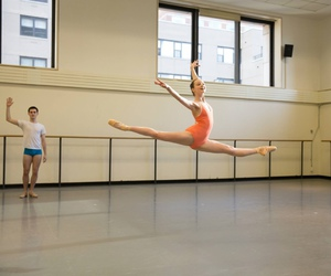 ballerina, pointe shoes, and ballet image