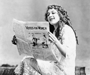 mary pickford and women image