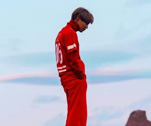 k-pop, maknae, and drip drop image