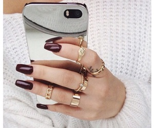 iphone, nails, and mirror image