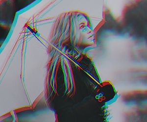 girl and umbrella image