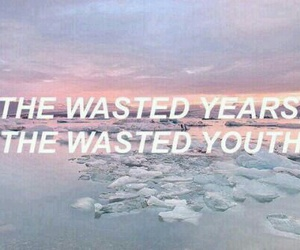 grunge, quote, and pale image