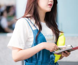 aöä and hyejeong image