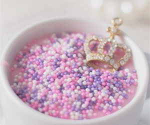 pink, crown, and Queen image