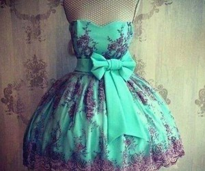 chic, so girly, and princesse image