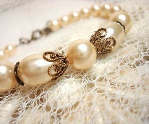 jewerly, pearls, and romantic image