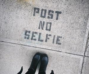 selfie, grunge, and black image