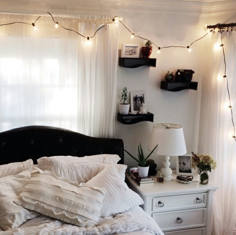white bedroom tumblr - Google Search on We Heart It
