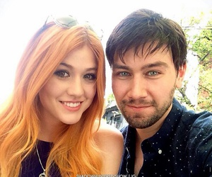 clary fray, torrance coombs, and cazadores de sombras image