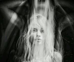 scream, photography, and sad image