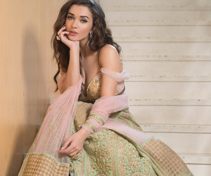 beauty, bollywood, and dress image