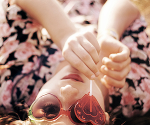 girl, heart, and photography image