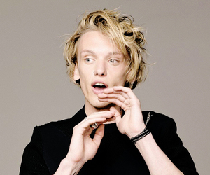 couple, clary fray, and Jamie Campbell Bower image