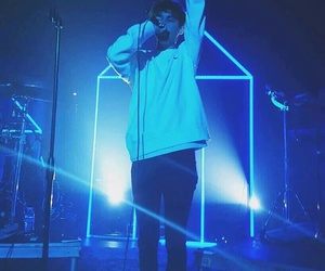 troye sivan, blue, and aesthetic image