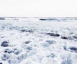 beach, olas, and playa image