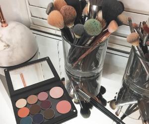 beauty, Brushes, and eyeshadow image