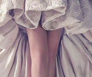 wedding dress, clothes, and Couture image