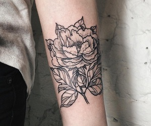 flowers, hand tatto, and tatto image