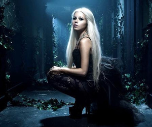 kerli and love is dead image