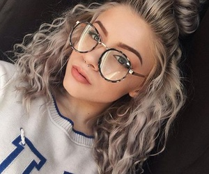 girl and glasses image