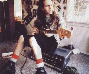 pearl jam, eddie vedder, and grunge image