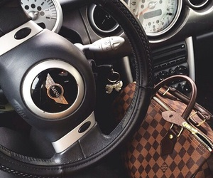 car, mini, and bag image