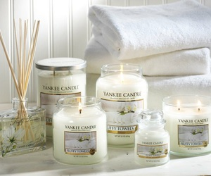 candles, cosy, and fragrance image