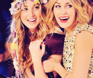 lauren conrad, whitney port, and friends image