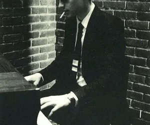 piano, matthew gray gubler, and criminal minds image