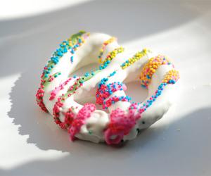 color, pretzel, and colour image