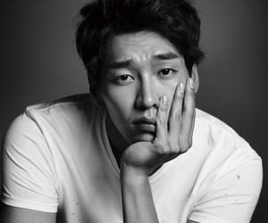 kim young kwang image