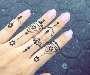girls, henna, and henna tattoo image