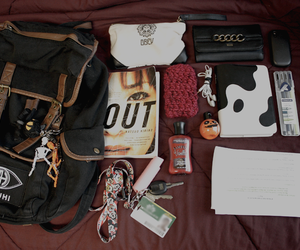 bag, stuff, and whats in my bag image