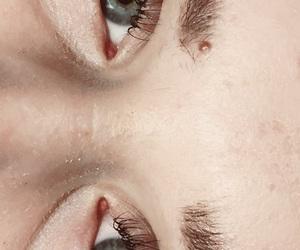 beuty, eyelashes, and eyes image