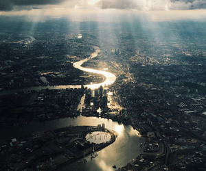 london, city, and river image