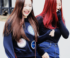 nayeon, twice, and jihyo image