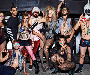 kesha and party image