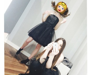 best friends, iphone, and tumblr girls image